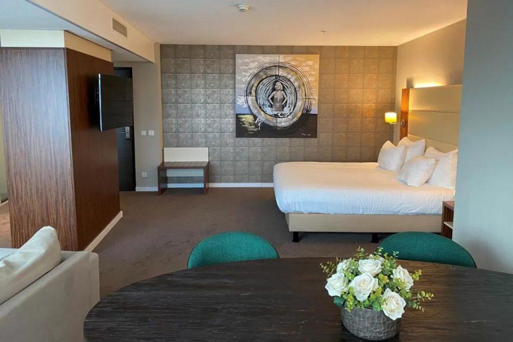 Van der Valk hotel aan zee in in 's-Gravenzande