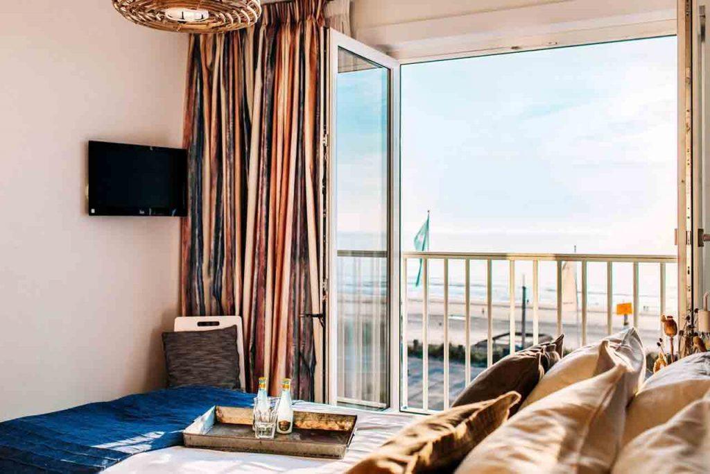 Hotelkamer met uitzicht op zee in Zandvoort