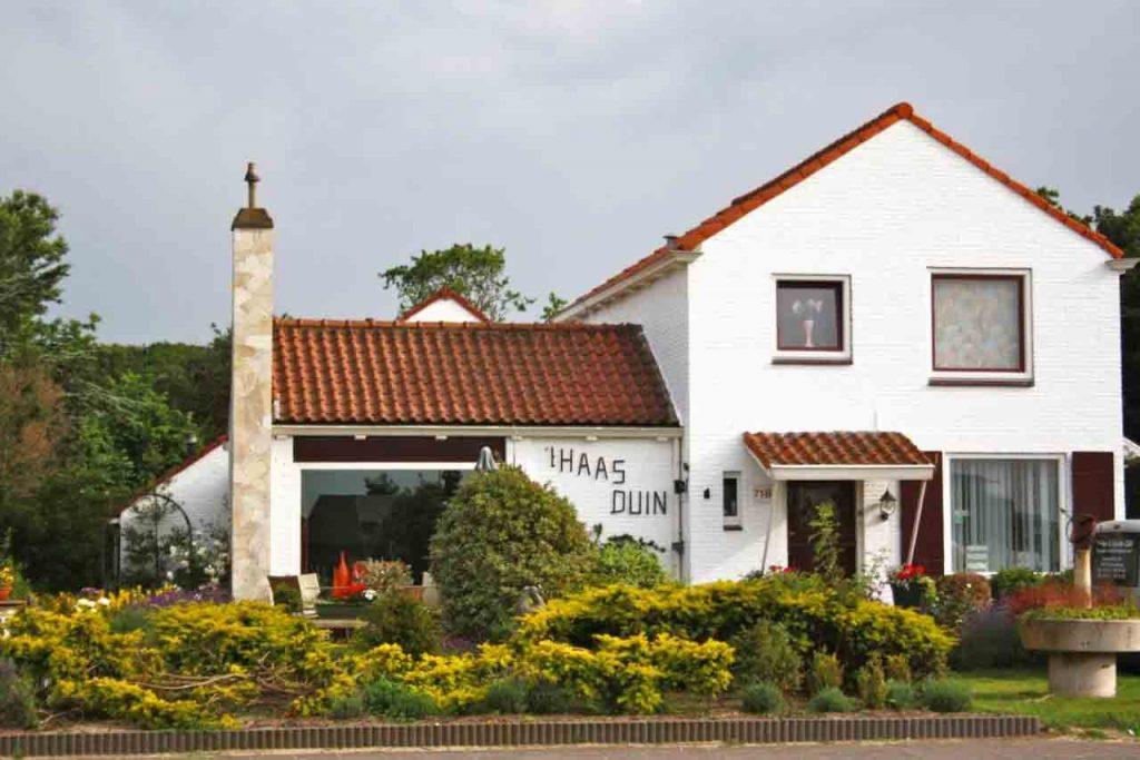 Villa 't Haasduin aan het strand van Wijk aan Zee