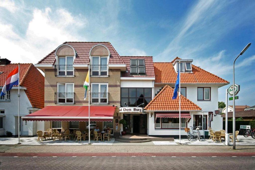 Den Burg Brasserie en Hotel Texel aan zee